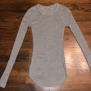 Lululemon NEVER WORN long sleeve sweater
